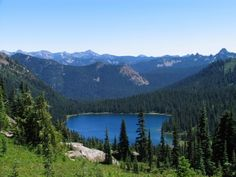 Hiking - Mt. Rainier - RainierVisitorGuide.com