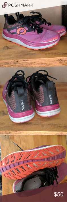 Pearl Izumi N3 Trail running shoes Trail running shoes in Great condition! Only worn a few times Pearl Izumi Shoes Athletic Shoes