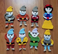 Fairytale Princess Vol 1 - free Snow White and 7 Dwarfs crochet applique patterns by The Yarn Conspiracy Disney Crochet Patterns, Crochet Applique Patterns Free, Crochet Disney, Crochet Appliques, Crochet Teddy, Crochet Dolls, Yarn Projects, Crochet Projects, Baby Blanket Crochet
