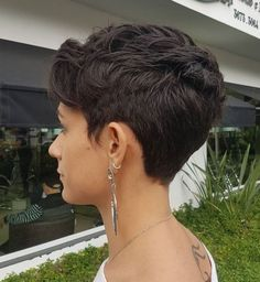 Women's Short Textured Tapered Cut You are in the right place about curly hair cuts pixie Here we of Short Layered Haircuts, Best Short Haircuts, Short Hairstyles For Women, Layered Hairstyles, Brown Hairstyles, Medium Haircuts, Short Curly Hair, Curly Hair Styles, Very Short Hair