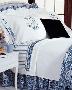 Amazon.com - RALPH LAUREN PORCELAIN BLUE COMPLETE 4 PC. SET TAMARIND KING COMFORTER, SHAMS & BED-SKIRT -