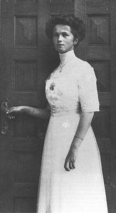 Olga at her 16th birthday ball. Livadia, November 1911.