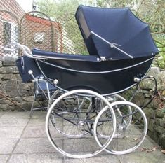 This is my wonderful Marmet Queen she had her day on the Roadshow and was the centre of attention as all Queens usually are [the pram that is]. The Marmet Queen is one of the finest and. Vintage Stroller, Vintage Pram, Vintage Baby Clothes, Pram Stroller, Baby Strollers, Baby Transport, Silver Cross Prams, Prams And Pushchairs, Dolls Prams