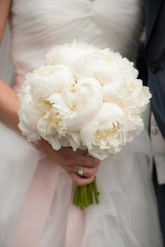 bouquet de mariage blanc / bouquet de mariée #weddingbouquet #bridalbouquet