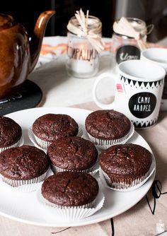 chocolate zucchini muffins / sitno seckano