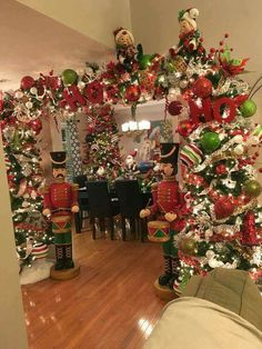 Cxy DIY Merry Christmas Banners Bunting Garlands for Holiday Party Decoration, Christmas Home Decor. - My Cute Christmas Noel Christmas, Green Christmas, Christmas Lights, Christmas Wreaths, Christmas Crafts, Christmas Tree Arch, Christmas Holiday, Christmas Scarf, Office Christmas