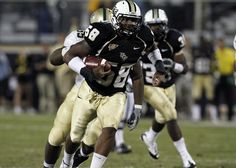 UCF Athletics LB Troy Davis was named this weeks Conference USA1 Defensive Player of the Week: