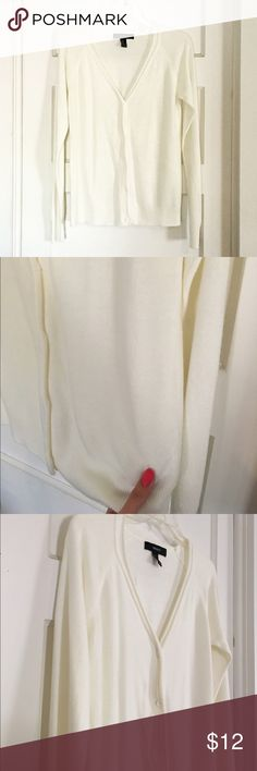 Cream Cardigan Basic cream cardigan sweater. Very soft and comfy to wear. Perfect layering piece and closet staple. Can be worn dressed up or down. Brand new, never worn. Does have one very tiny spot on the front bottom (pic 2) not noticeable when worn. Reasonable offers considered via offer button.  Size: M, fits S-M. Measurements: Condition: Great condition  No trades. Please ask any questions prior to purchasing. All sales final. Forever 21 Sweaters Cardigans