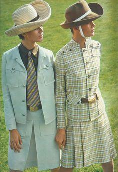 burda vintage 2015 - Das moderne Safarikostüm: Faltenrock in A-Linie, Jacke mit dekorativen Klappentaschen und Schulterpassen