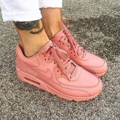 brand new ff0a9 e0679 Sneakers women - Nike Air Max 90 (©celouuuuuuuu) Chaussures De Marque,  Chaussures