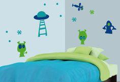 Ellos son capaces de imaginar cualquier cosa desde superhéroes hasta robots por eso para decorar la habitación de los pequeños le traemos nuestro vinil modelo Aliens.