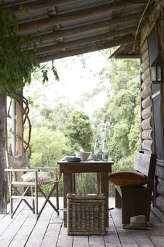 Rustic Porch spot.. if only I had a small porch!