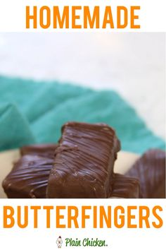 Homemade Butterfingers - only 3 ingredients! Candy corn, peanut butter and chocolate. You will be blown away with these homemade candies! They taste just like the real thing! Easy Desserts, Delicious Desserts, Homemade Butterfingers, Candy Videos, Homemade Candies, Homemade Candy Recipes, Homemade Brownies, Candy Cookies, Fudge Recipes