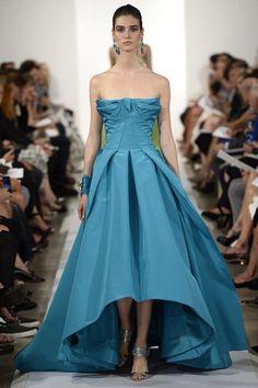 Oscar de la Renta New York Fashion Week S/S 2014 Show.