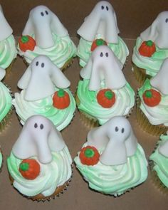 cupcakes how to and instructions martha stewart - Martha Stewart Halloween Cakes