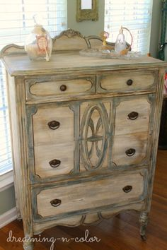 Experiment with layering furniture paint till you find the perfect blend.