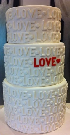 Love Printed Wedding Cake   I'd want mine ALL gold with the red love and heart in bling