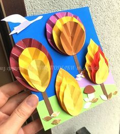 Idea per a donar relleu als arbres de paper. Fall Paper Crafts, Fall Crafts For Kids, Spring Crafts, Diy For Kids, Easy Crafts, Diy And Crafts, Arts And Crafts, Diy Paper, Fall Art Projects
