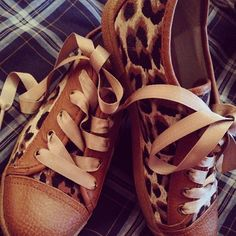 Leopard Sneakers with Ribbons