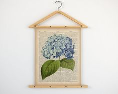 """Hydrangea print, Dictionary art print, Instant download printable art, Botanical decor, Antique botanical print, 8x10 print, 11x14 print.  All dictionary prints: https://www.etsy.com/shop/LizasDictionaryArt  YOU WILL RECEIVE 300dpi RESOLUTION 2 JPG FILES!!!  1 JPG file at 8X10 inches; 1 JPG file at 11X14 inches.  IF YOU PREFER ANOTHER SIZE of this print you may request a custom order and I will resize it. Just press the button """"Request custom order"""", write dimensions and s..."""