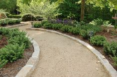 Brick Gravel Patio Garden Paths Ideas For 2019 Patio Edging, Gravel Patio, Gravel Garden, Garden Edging, Garden Borders, Garden Paths, Cement Patio, Gravel Pathway, Patio Slabs