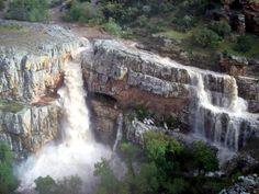 Una gran catarata en tierra de bandoleros (Aldeaquemada, Jaén) - Es impresionante y majestuosa, se encuentra escondida al norte de Jaén para sorprender al viajero despistado por los parajes de Sierra Morena.