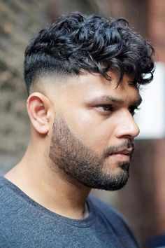 Fade Haircut + Curly Undercut ❤ #lovehairstyles #menshair #hairstylesformen #menshaircuts Drop Fade Haircut, Types Of Fade Haircut, Short Fade Haircut, Haircut Men, Trendy Mens Hairstyles, Cool Mens Haircuts, Cool Hairstyles, Stylish Haircuts, Hairstyles Haircuts