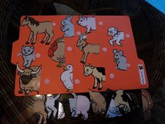 Early Learning with Marta, Eaton and Nathaniel: File folder game-Matching activity: On The Farm Folder Games For Toddlers, File Folder Activities, Farm Activities, File Folder Games, Animal Activities, Preschool Activities, File Folders, Preschool Printables, Preschool Farm Theme
