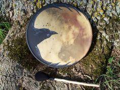 raven drum, tambour chamanique avec médecine du corbeau