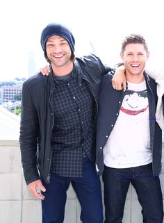"J2 at SDCC2015 - Jensen's ""costume"" is The Joker from Batman! Lol"
