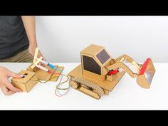 How to Make Hydraulic Powered Bulldozer from Cardboard Cool Diy Projects, Painting Inspiration, More Fun, Youtube, Christmas Ideas, Technology, Tech, Tecnologia, Youtubers