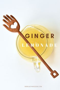 A refreshing, healthy fresh ginger lemonade made with under five ingredients, naturally sweetened and perfect served with ice on a warm day! Healthy Lemonade, Ginger Lemonade, Homemade Lemonade, Ginger Water, Ginger Juice, Fresh Ginger, Delicious Vegan Recipes, Snack Recipes, Five Ingredients