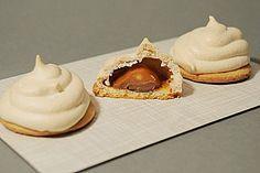 Feenküsse - Photo__Baking but not Cooking__┌iiiii┐ - Cake Yummy Treats, Sweet Treats, Yummy Food, Cookie Time, Sweets Cake, Macaron, Food Cakes, Meringue, Christmas Baking
