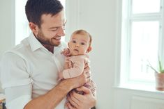 Father and Baby Images, Stock Photos & Vectors Little Baby Girl, Little Babies, Cute Babies, Papa Baby, Father And Baby, New Fathers, New Dads, Birth Partner, Baby Girl Photos