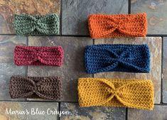 Crochet For Beginners Simple Crochet Ear Warmer Free Pattern for Beginners - Maria's Blue Crayon Crochet Ear Warmer Pattern, Crochet Headband Pattern, Knit Headband, Crochet Simple, Free Crochet, Crochet Granny, Crochet Wraps, Crochet Towel, Crochet Shirt