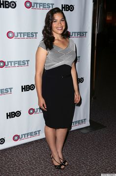✶America Ferrera in Versace ~ Ferrera's dress looks like it was made for her. The paneling up top is extremely flattering and the V-shaped neckline brings the attention towards her glowing complexion✶ America Ferrera, Ugly Betty, Grey Outfit, Nice Dresses, Celebs, Celebrities, High Waisted Skirt, Versace, Celebrity