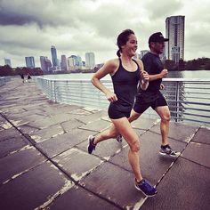 Jenn Shelton running with Lance Armstrong