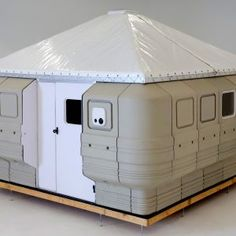 Quite Lite Quick Cabin, portable shelter, easy assembly Homestead Survival, Camping Survival, Backpacking Tent, Camping Hacks, Tiny House Cabin, Cabin Homes, Tiny Homes, Container House Design, Tiny House Design