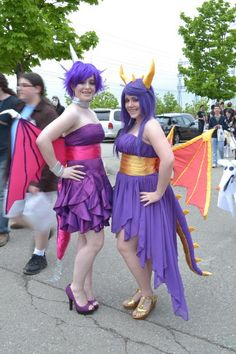 Spyro and Cinder cosplay!! WAAAA THIS IS SO CUTE :D