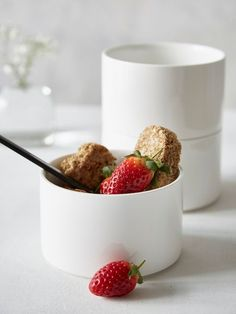The simple shape of this cereal bowl radiates a cool Scandi vibe.