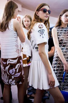 Christian Dior Resort 2016 Backstage
