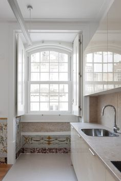 Minimalist Decor, Lisbon, Kitchen Decor, Kitchens, Architecture, Interior, Places, Blog, House