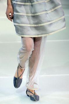 Scarpe basse Giorgio Armani - Milano Moda P/E 2015 (i pantaloni in tulle Very Cool)