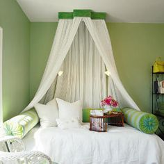 She Folds A Sheet In Half Cuts It At The Fold And The After Is A - Canopy idea bed crown