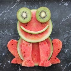 New Fruit Decoration For Party Food Art Ideas Fruit Decoration For Party, Food Decoration, Fruit Recipes For Kids, Baby Food Recipes, Cute Food, Good Food, Awesome Food, Fruit Animals, Creative Food Art