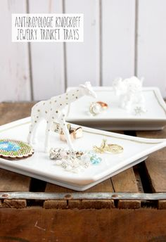 Make these cute Anthropologie Knockoff Trinket Dishes for a last minute gift idea! Bev from Flamingo Toes shows us how!