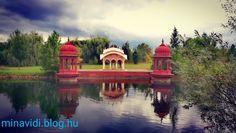 3 vallás szerzetesei a Balatonnál - MinaVidi Taj Mahal, Mansions, House Styles, Building, Travel, Home, Decor, Viajes, Decoration