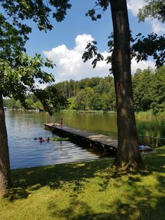 Der Holzöstersee mit Seezugang River, Outdoor, Cosy Room, Bike Trails, Double Room, Outdoors, Outdoor Games, The Great Outdoors, Rivers