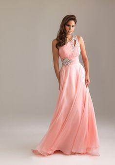 linha-a - http://vestidododia.com.br/vestidos-longos/vestidos-longos-conselhos-de-amiga/