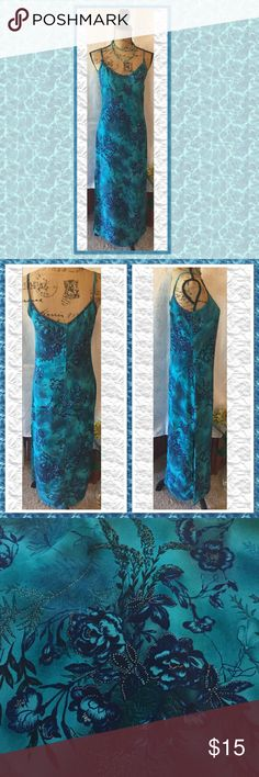 "👄 Sexy Maxi Dress Sexy maxi dress with shades of blue and teal, back zip, length 53"", side slits 21"" high, chest 36"", no tags Dresses Maxi"
